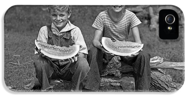Boys Eating Watermelons, C.1940s IPhone 5s Case by H. Armstrong Roberts/ClassicStock