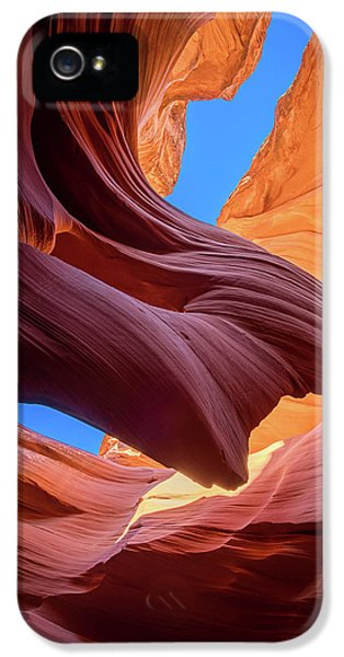 Flow iPhone 5s Case - Breeze Of Sandstone by Edgars Erglis