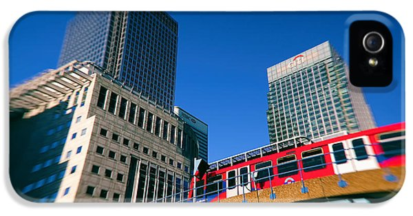 Canary iPhone 5s Case - Canary Wharf Commute by Jasna Buncic