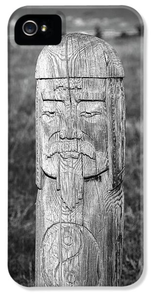 IPhone 5s Case featuring the photograph Carved Genghis Khan, Elsen Tasarkhai, 2016 by Hitendra SINKAR