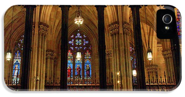 IPhone 5s Case featuring the photograph Cathedral Arches by Jessica Jenney