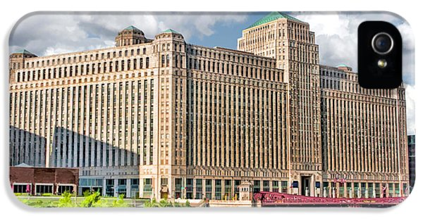 IPhone 5s Case featuring the painting Chicago Merchandise Mart by Christopher Arndt