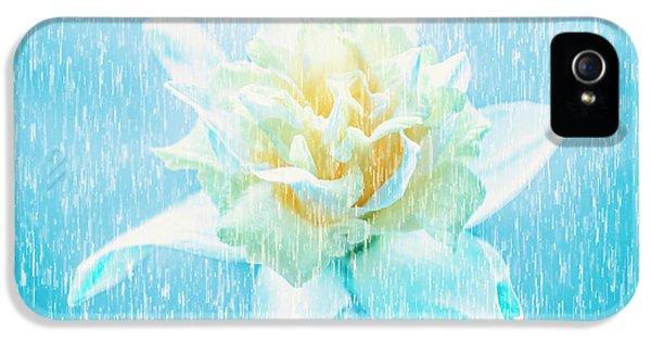 Daffodil Flower In Rain. Digital Art IPhone 5s Case by Jorgo Photography - Wall Art Gallery