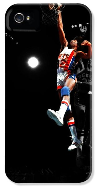 Magic Johnson iPhone 5s Case - Doctor J Over The Top by Brian Reaves