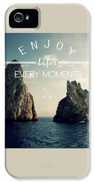 Venice Beach iPhone 5s Case - Enjoy Life Every Momens by Mark Ashkenazi