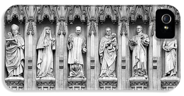 Westminster Abbey iPhone 5s Case - Faithful Witnesses - 2 by Stephen Stookey
