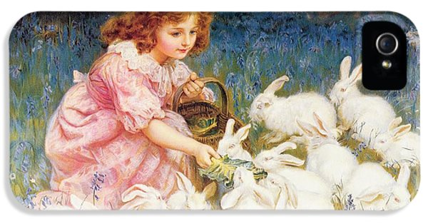 Feeding The Rabbits IPhone 5s Case by Frederick Morgan
