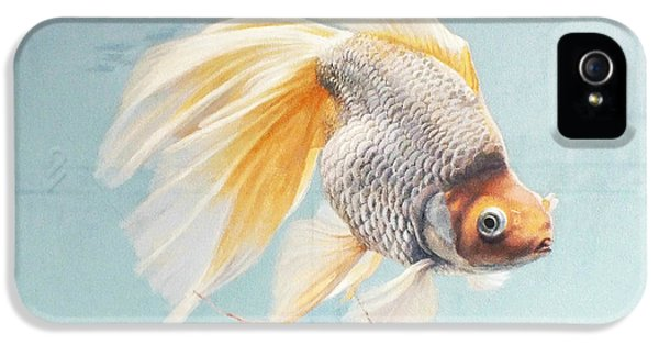 Goldfish iPhone 5s Case - Flying In The Clouds Of Goldfish by Chen Baoyi