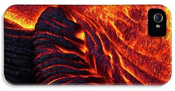 Pele iPhone 5s Case - Folding Lava by Christopher Johnson
