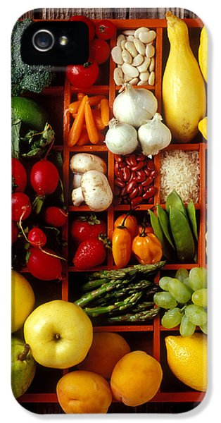 Raspberry iPhone 5s Case - Fruits And Vegetables In Compartments by Garry Gay