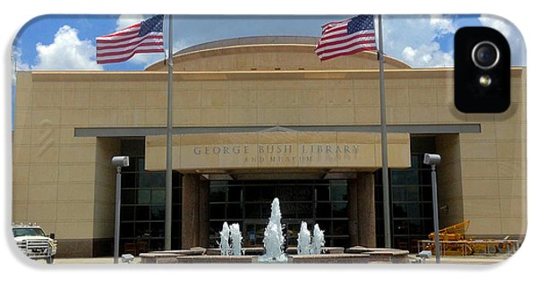 George Bush iPhone 5s Case - George Bush Library And Museum by Art Spectrum