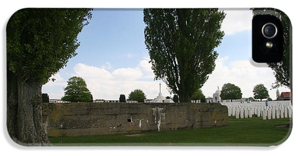 German Bunker At Tyne Cot Cemetery IPhone 5s Case