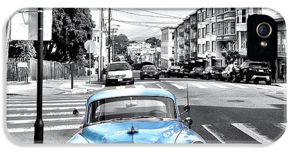 iPhone 5s Case - Green Street by Julie Gebhardt