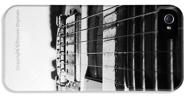 Classic iPhone 5s Case - The Guitar  by Steven Digman