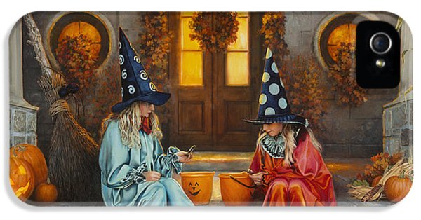 Halloween Sweetness IPhone 5s Case by Greg Olsen