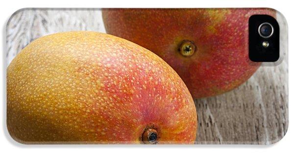Mango iPhone 5s Case - It Takes Two To Mango by Elena Elisseeva