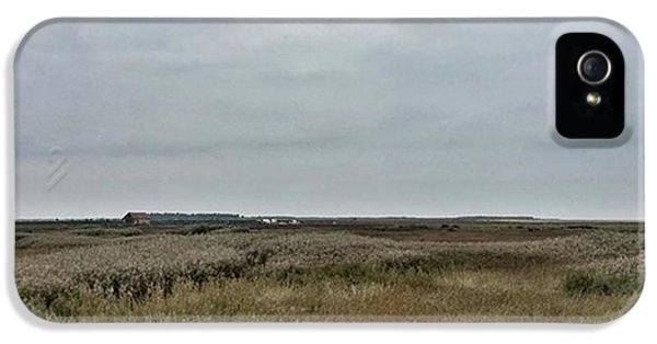 Sky iPhone 5s Case - It's A Grey Day In North Norfolk Today by John Edwards