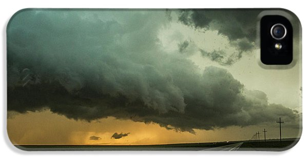 Nebraskasc iPhone 5s Case - Kansas Storm Chase Bust Day 004 by NebraskaSC