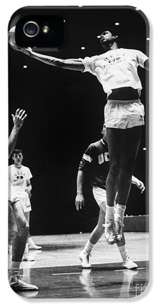 Kareem Abdul Jabbar (1947-) IPhone 5s Case