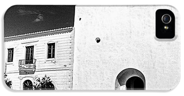 iPhone 5s Case - Fortified Church, Formentera by John Edwards
