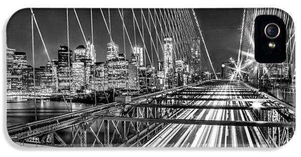Light Trails Of Manhattan IPhone 5s Case by Az Jackson