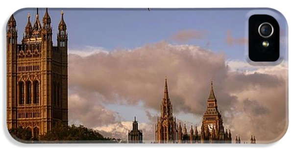 London iPhone 5s Case - #london #parliamenthouse #westminster by Ozan Goren