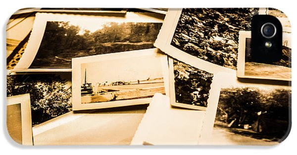 Nostalgia iPhone 5s Case - Lowdown On A Vintage Photo Collections by Jorgo Photography - Wall Art Gallery