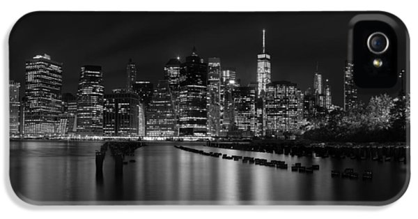 Manhattan At Night In Black And White IPhone 5s Case
