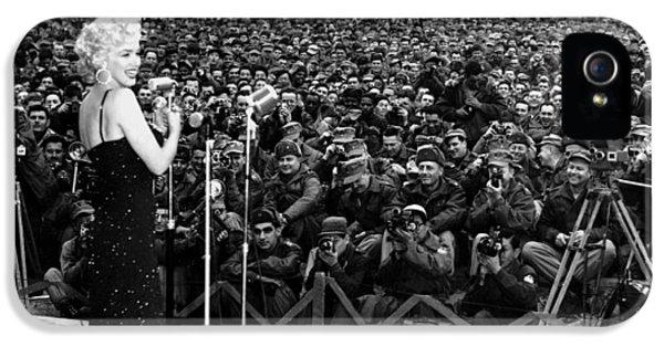 Marilyn Monroe Entertaining The Troops In Korea IPhone 5s Case by American School