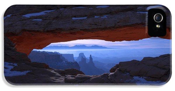 Landscape iPhone 5s Case - Moonlit Mesa by Chad Dutson