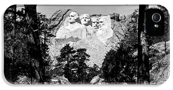 Mt Rushmore IPhone 5s Case by American School
