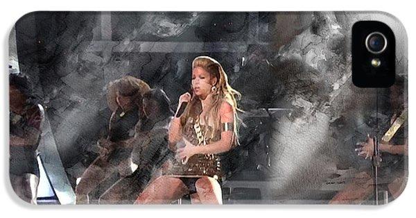 Shakira iPhone 5s Case - Music 5513 by Jani Heinonen