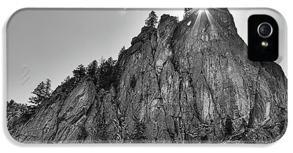 IPhone 5s Case featuring the photograph Narrows Pinnacle Boulder Canyon by James BO Insogna