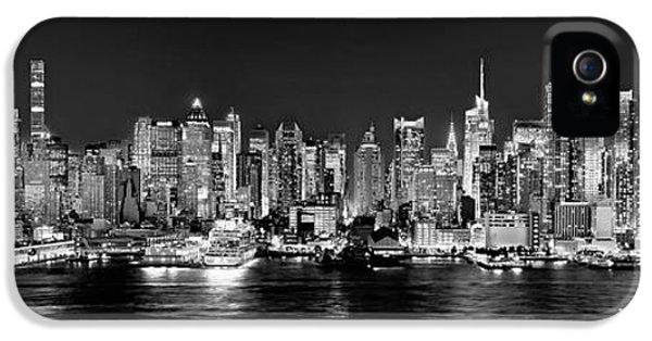 New York City Nyc Skyline Midtown Manhattan At Night Black And White IPhone 5s Case