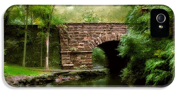 Old Country Bridge IPhone 5s Case by Jessica Jenney