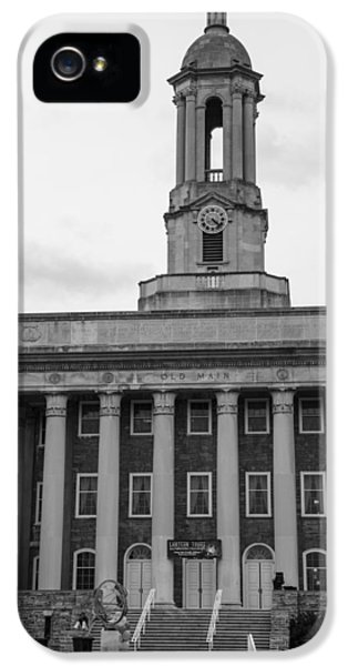 Penn State University iPhone 5s Case - Old Main Penn State Black And White by John McGraw