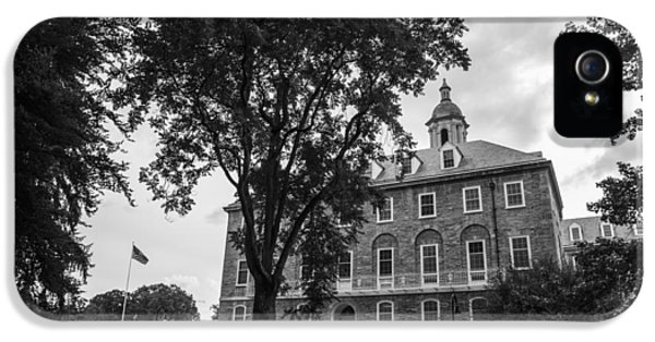 Penn State University iPhone 5s Case - Old Main Penn State by John McGraw