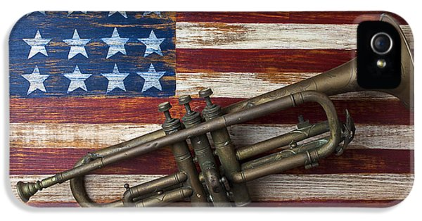 Trumpet iPhone 5s Case - Old Trumpet On American Flag by Garry Gay