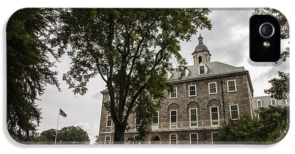 Penn State Old Main And Tree IPhone 5s Case by John McGraw