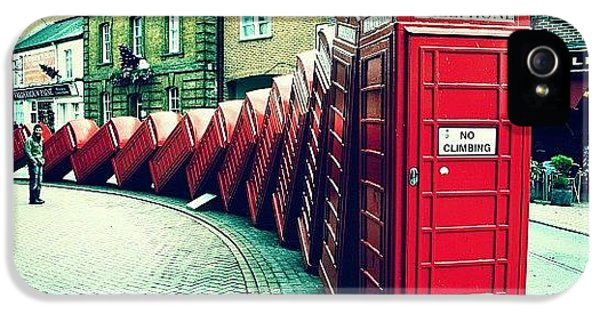 iPhone 5s Case - #photooftheday #london #british by Ozan Goren