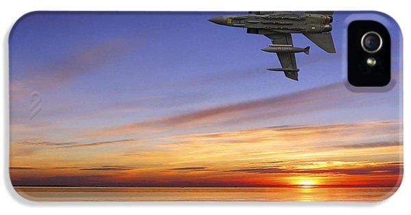 Airplane iPhone 5s Case - Raf Tornado Gr4 by Smart Aviation