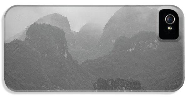 IPhone 5s Case featuring the photograph Rainy Ha Long Bay, Ha Long, 2014 by Hitendra SINKAR