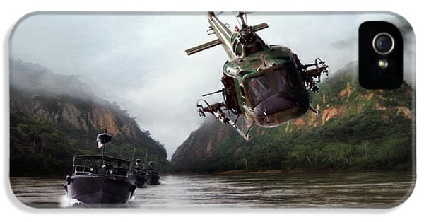 Helicopter iPhone 5s Case - River Patrol by Peter Chilelli