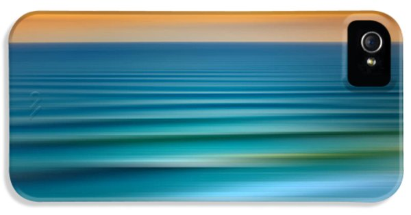 Flow iPhone 5s Case - Rolling In by Az Jackson