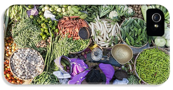 Rural Indian Vegetable Market IPhone 5s Case by Tim Gainey