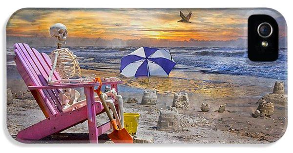 Sam's  Sandcastles IPhone 5s Case by Betsy Knapp