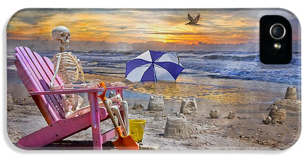 Sam's  Sandcastles IPhone 5s Case by Betsy Knapp