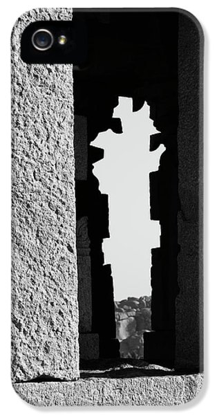 IPhone 5s Case featuring the photograph Silhouette Of Pillars, Hampi, 2017 by Hitendra SINKAR