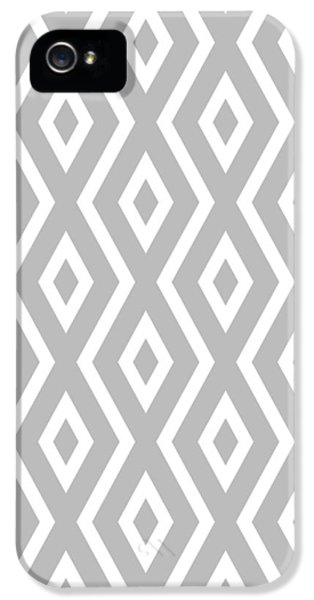 Beach iPhone 5s Case - Silver Pattern by Christina Rollo