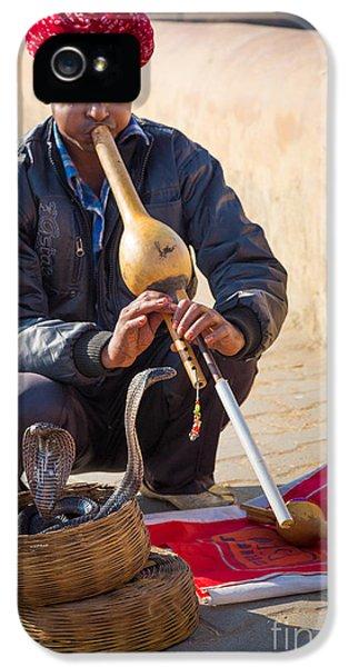 Snake Charmer IPhone 5s Case by Inge Johnsson